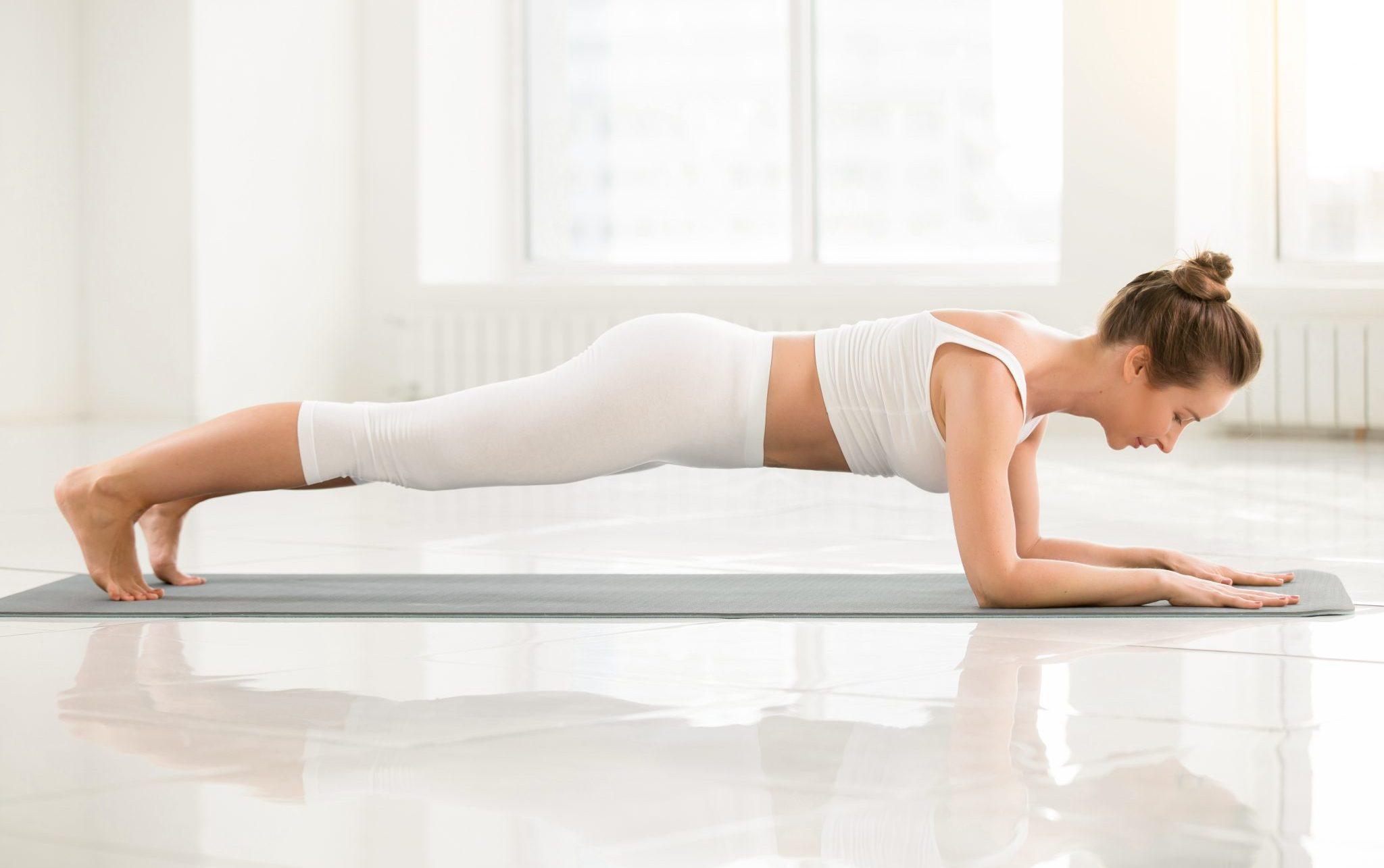girl doing plank