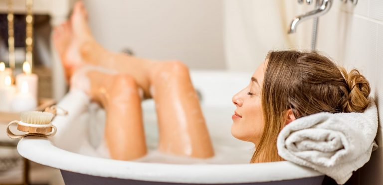 Relieving Stress and Relaxing with Meditation (in the Bathtub!)