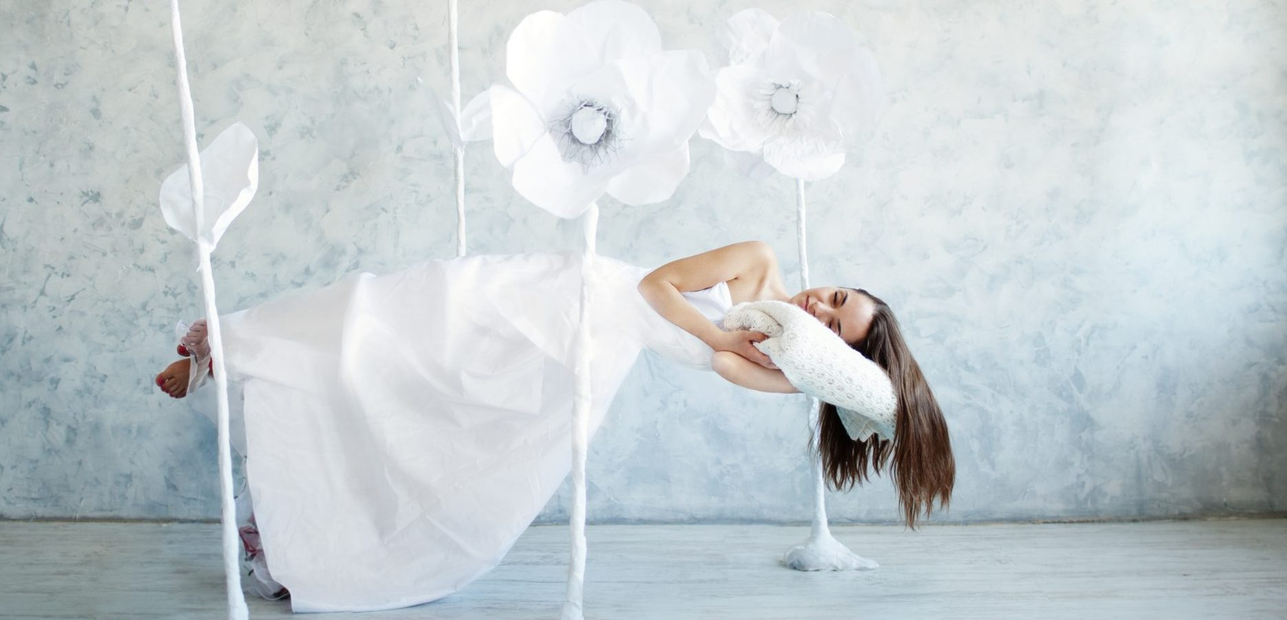 Feel at Home in a Dream World—Learn to Control Your Dreams