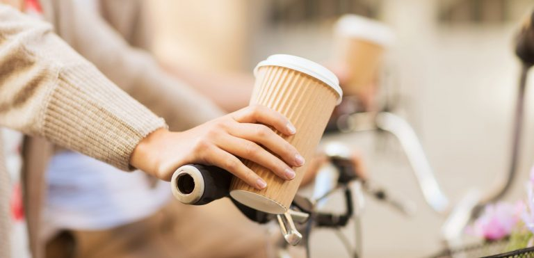 Loyal to Coffee? The Impact of Caffeine on Eating Behavior