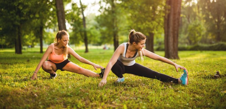 A Workout Routine in the Park to Keep You Strong and Smiling