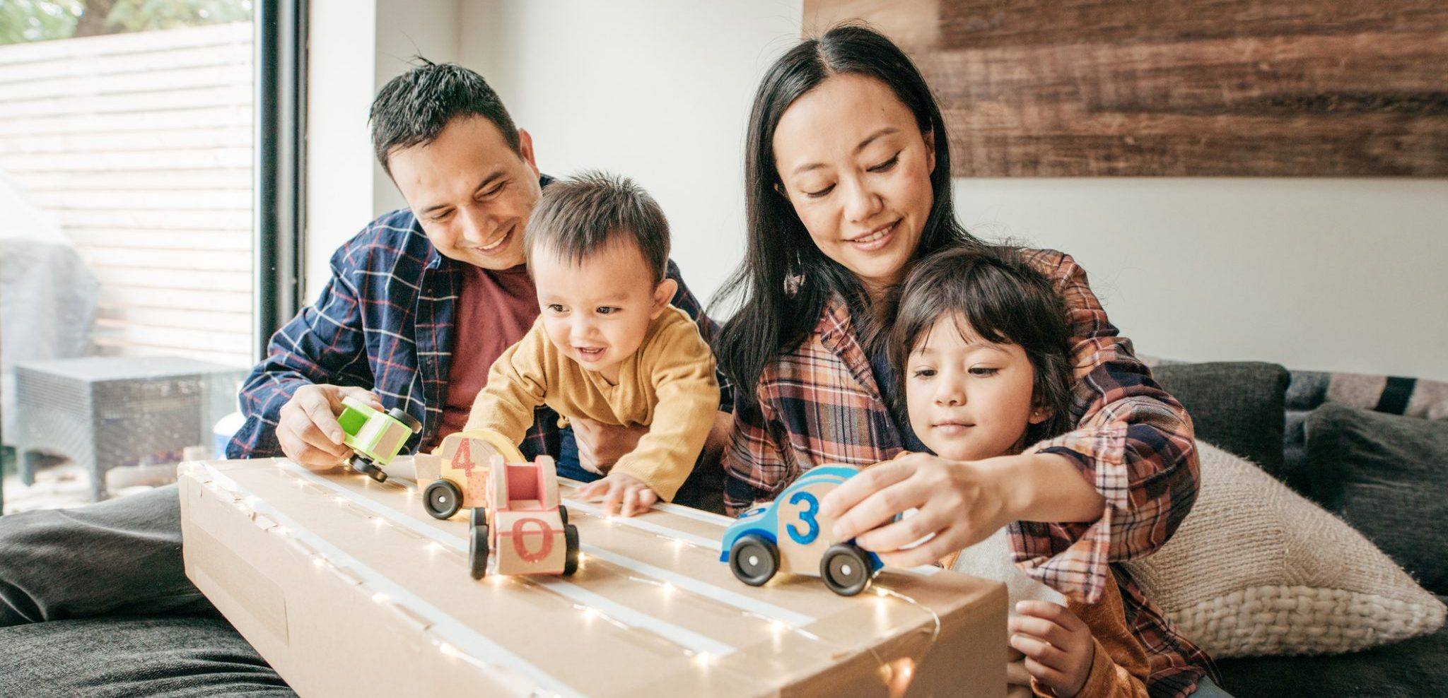 The Busy Parents Guide to Keeping the Kids Busy at Home