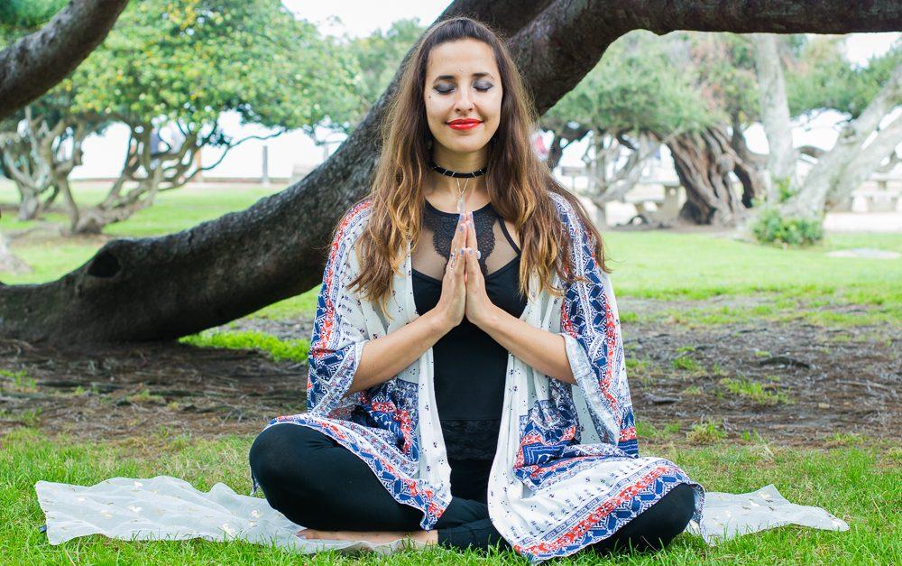 Gia meditates